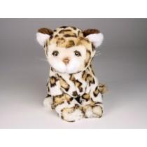 Leopard Cub 0420 by Piutrè